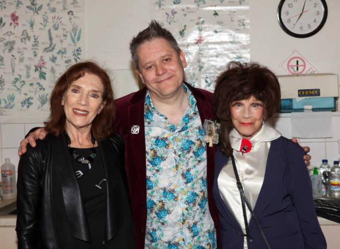 Linda Marlowe, The Curator & Fenella Fielding in the green room