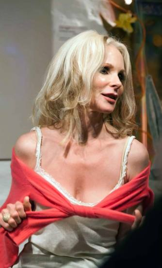 Melanie Kinnaman from Friday the 13th Part 5 - A New Beginning